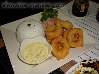 Calamari with good breading and tasty dip