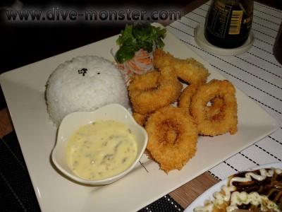 Calamari with good breading and tasty dip