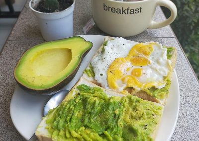 Day 5 Breakfast – avocado toast with egg + tea