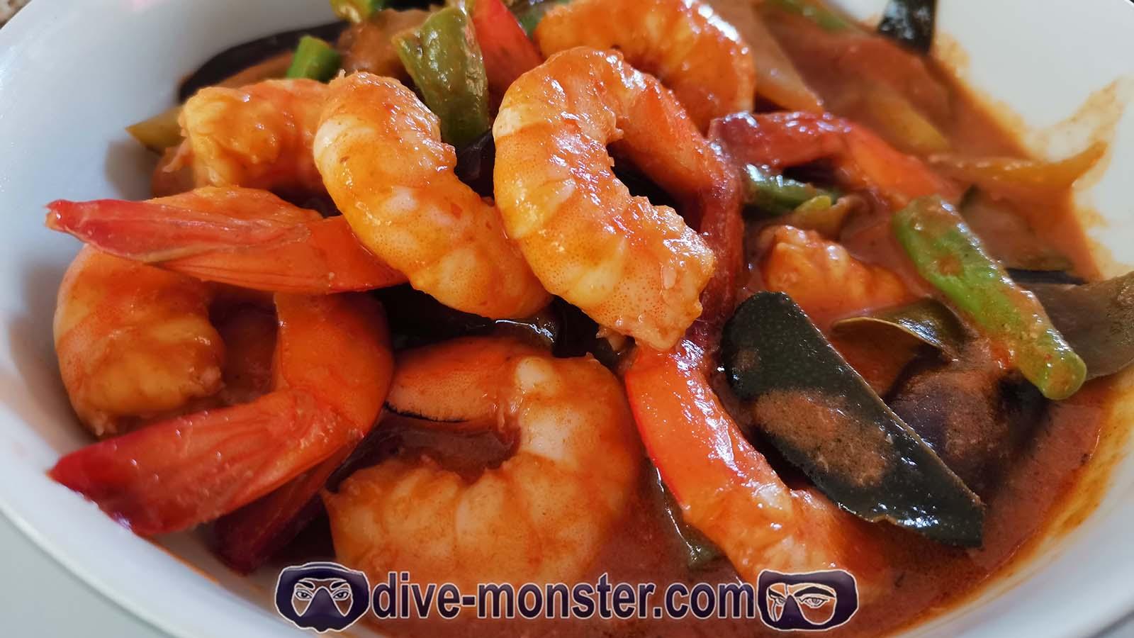 Well Beach Resort - Thai Curry