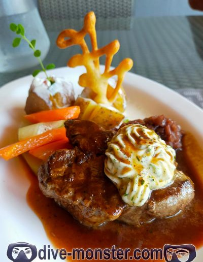 Birthday Lunch - Bamboo's Bar and Grill Dauin - steak tenderloin
